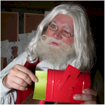 What is Santa Claus' phone number & email address? Find out here!